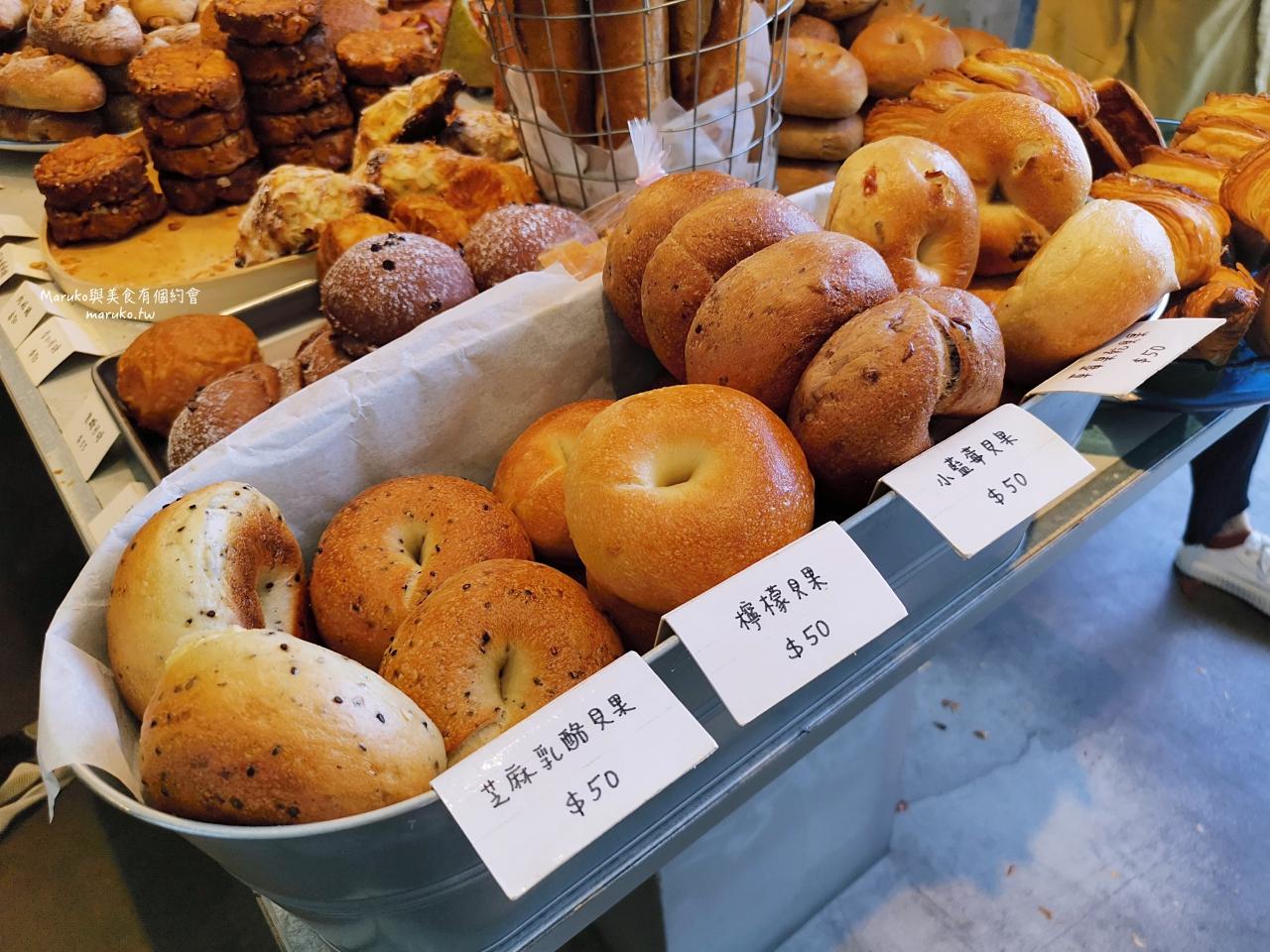 【屏東】美菊麵包  南國最美的人氣麵包店 麵包堆得像山一樣高 @Maruko與美食有個約會