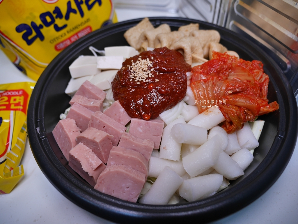 【食譜】韓式部隊火鍋|熱熱的吃韓國辣湯鍋做法 @Maruko與美食有個約會