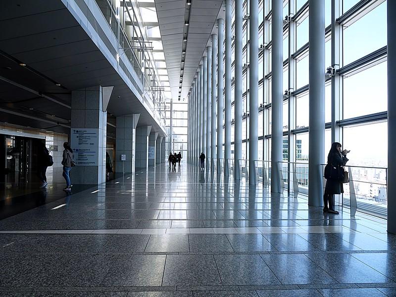 【名古屋景點】空中走廊 sky street|JR 名古屋車站內15樓(免費)觀景台站前美景盡收眼底 @Maruko與美食有個約會