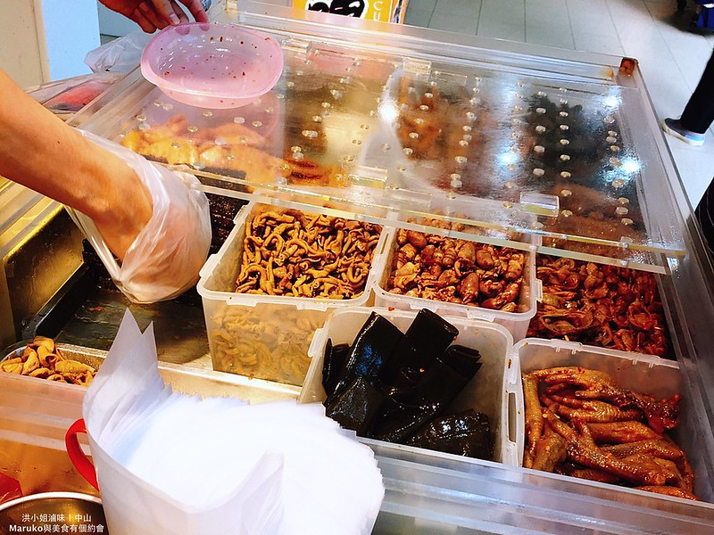 【台北美食】東門鴨莊|東門市場三十年老店廣式燒臘便當 @Maruko與美食有個約會