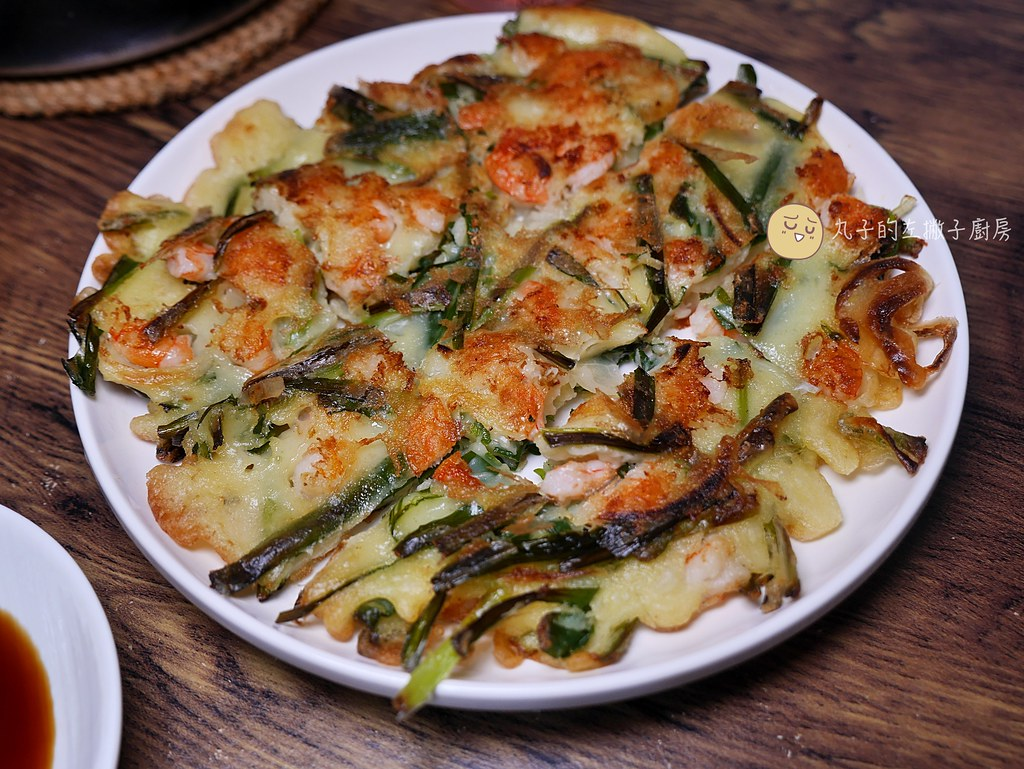 【食譜】韓國不倒翁煎餅粉|韓國披薩照著步驟做海鮮煎餅這樣做才美味 @Maruko與美食有個約會