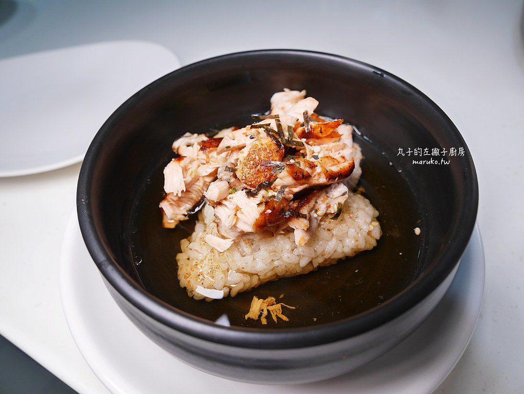 【食譜】日式鮭魚烤飯糰|用平底鍋做日式居酒屋的烤飯糰茶泡飯 @Maruko與美食有個約會